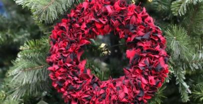 DIY Rag Wreath Tutorial